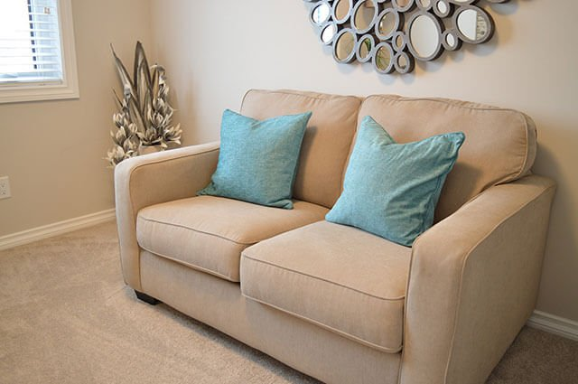 Clean white couch cleaned by Healthy Life Chem-Dry